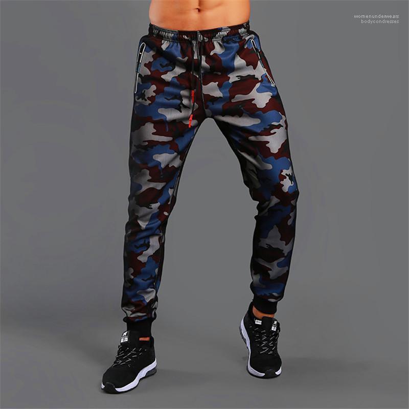 Menfolk Patchwork Magro abbigliamento con tasche Mens camuffamento dei pantaloni della matita di moda del progettista dei pantaloni con le patch