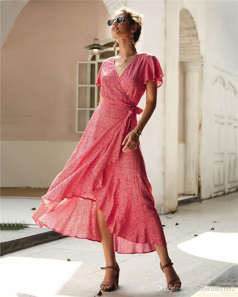 Neue Frauen gedrucktes Kleid Mode-Dame-Sommer Ruffer Panelled Kleider mit V-Ausschnitt Sommerferien Kleid Frauen Lässige Kleidung