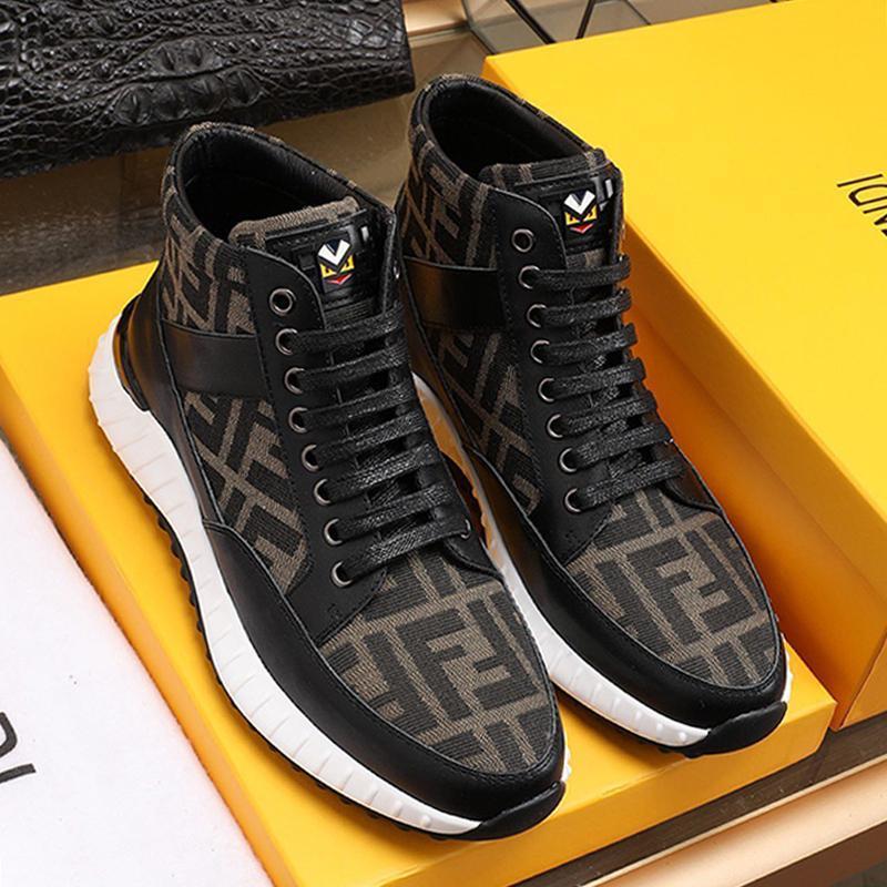 La nueva llegada de los hombres 'de lujo; s zapatos para caminar al aire libre Deportes de la vendimia cómodo Footwears encaje -Up top del alto de los hombres ocasionales de los zapatos Zapatos de Hom