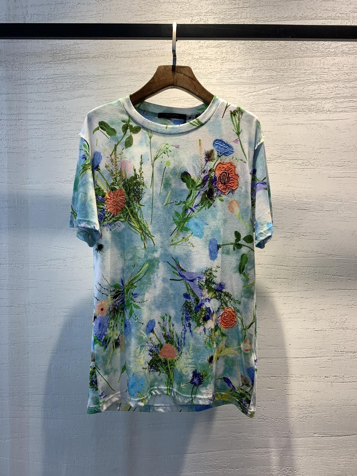 2020 yüksek kaliteli yeni bayanlar kısa kollu üst yaz gömlek moda tişört iyi bayan giyim KWZ4