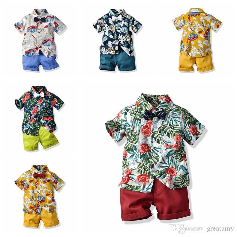 Erkek Giyim Setleri Çocuklar Bebek Erkek giysi tasarımcısı suit Yaz Çiçek Kravat Gömlek + Şort 2-6Y için 2 ADET Kıyafetler Çocuk kıyafetler