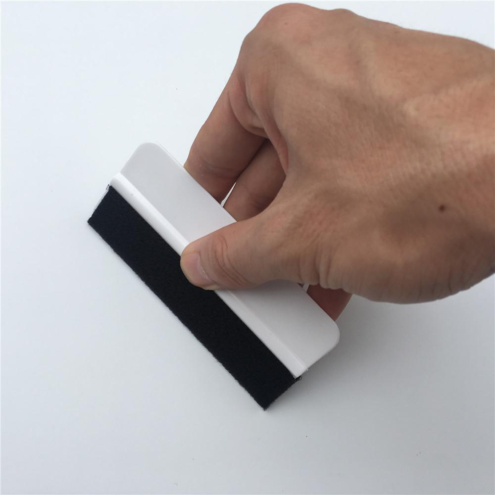 100pcs / Lot Gewohnheit LOGO 10 * 4,5 cm Flexible Felt Mini Squeegee Scraper Vinyl Anwendungswerkzeuge für Car Wrapping Film Promotion Geschenk