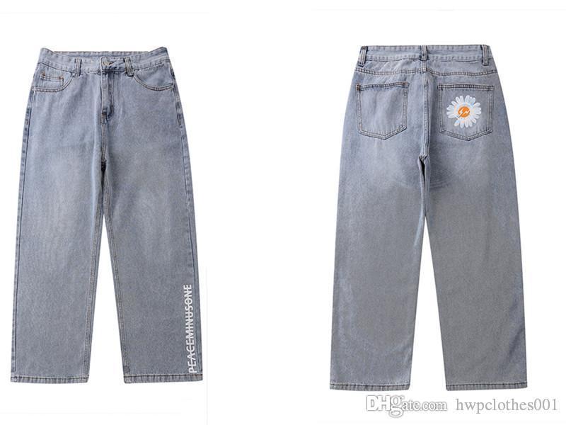 Лето Мужские узкие джинсы Тонкий джинсы вышивка цветок талии Сыпучие Cool Cool бренд мужской бег трусцой Мотоцикл Дизайнерские джинсы
