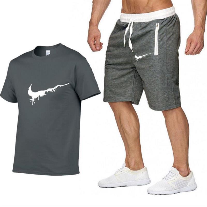 여름 스포츠 남성의 스포츠 T 셔츠 + 바지는 반바지 의류 스포츠 조깅 훈련 체육관 피트니스 정장을 설정 실행