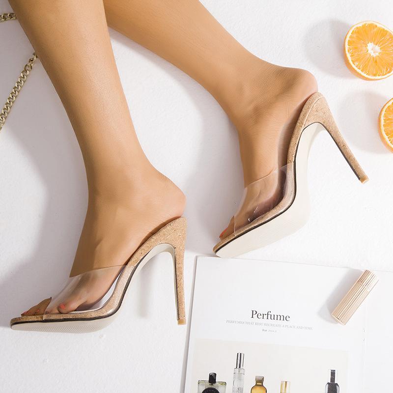 heiße 2020 neue Frauen Art und Weise Niet-hohe Absätze Kleid Peeptoe Schuhe Super High Heel Sandaletten ährentragende verzierte rote untere Pumpen 10cm Größe 34 -43