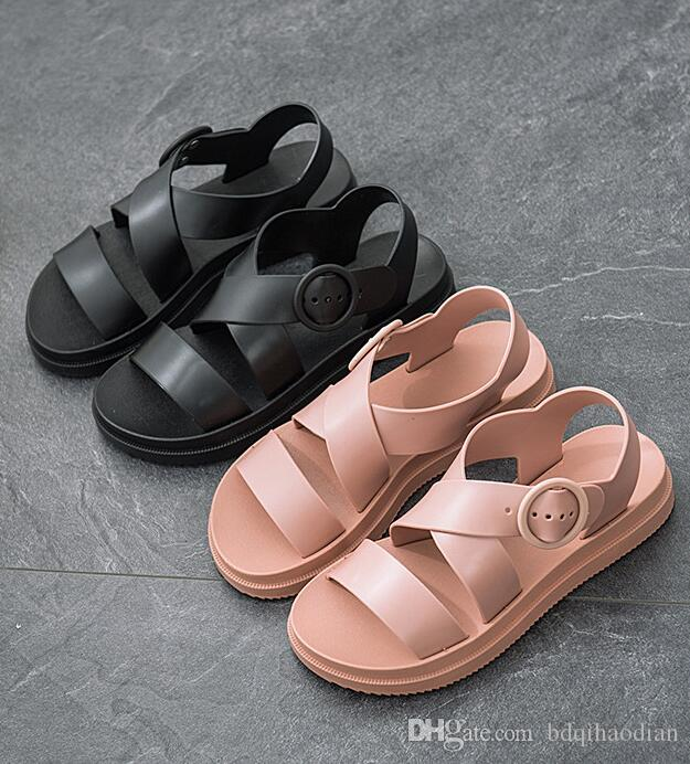 Qualitäts-PU-Slipper Sandalen, hergestellt in China. Die Fabrik Verkaufspreis Zugeständnisse # 399
