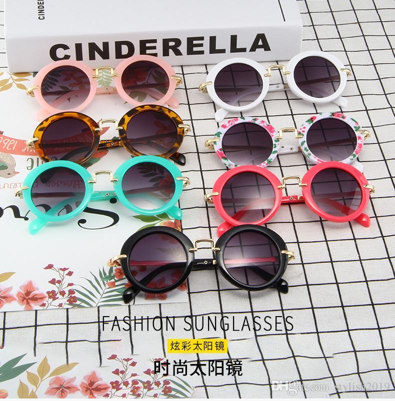 Lunettes de soleil rondes pour enfants de mode lunettes de soleil pour enfants de lunettes de soleil en métal fabricants de lunettes pour enfants repèrent en gros WCW336
