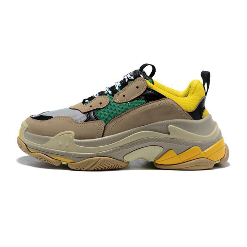 2019 Paris 17FW Triple-S Sneaker Triple S Outdoor Casual Dad Schuhe für Männer Frauen Beige Schwarz Ceahp Sport Mode-Designer-Schuhe