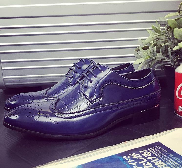 Hot Sale-brogue punte dei piedi scarpe da uomo di grandi dimensioni scarpa carattere appartamenti scarpe da sera del grano modo della rappezzatura del modello del coccodrillo per l'uomo zy868