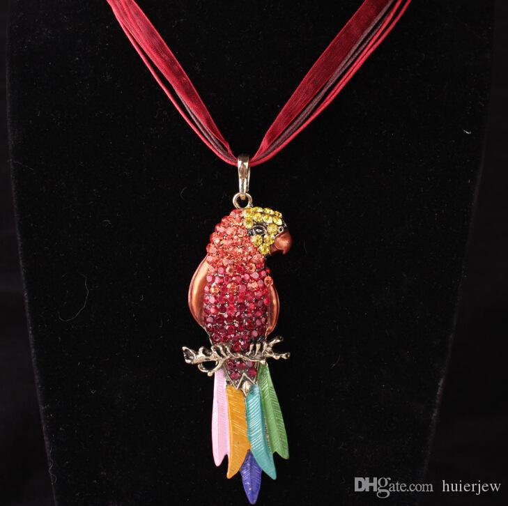 great Parrot Necklace for Women Luxury Jewelry Enamel Crystal Necklace Gothic Antique Long Animal Pendant Sweater Necklace