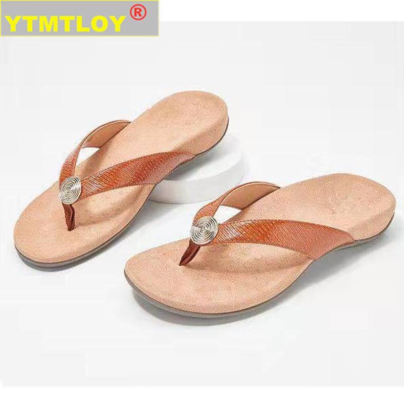 CALIENTE nuevo de las mujeres de las chancletas Pendiente Moda y arena gruesa zapatillas de playa de las mujeres del color del caramelo plataforma de las cuñas al aire libre sandalias de los deslizadores