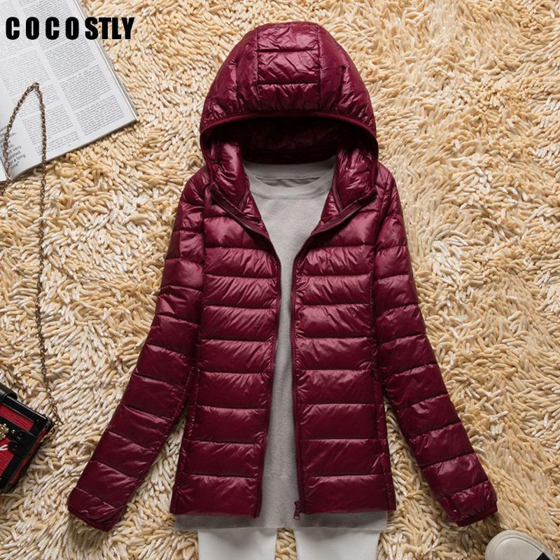 Alta calidad 2018 de invierno de la chaqueta capa de las mujeres Señora Ultraligero chaquetas a prueba de viento Mujer Parkas LY191128