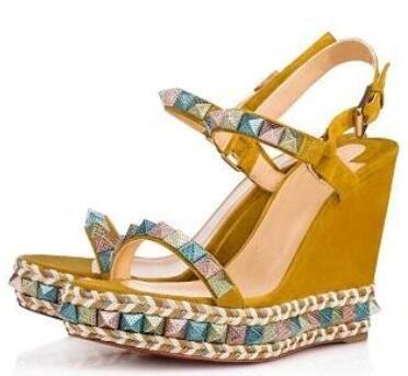 Ladies designer Red Bottom Wedge Sandali Cataclou in vernice oro tempestato con borchie Cinturino alla caviglia Scarpe da donna Party Dress scarpe con scatola