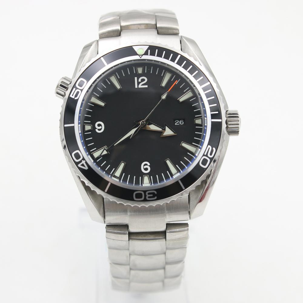 Hot Sales Maître inoxydable Noir mer Date Planète 600m Co Axial Mouvement mécanique automatique Hommes Montres bracelet en acier sport Montres-bracelets