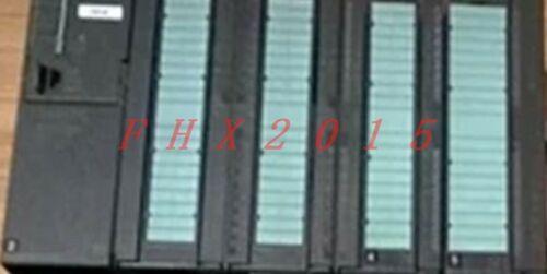 Один используемый Siemens 6ES7 153-1AA82-0XB0