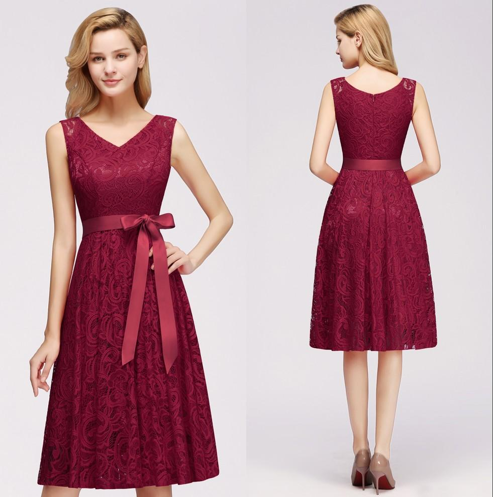 Full Lace Short Cocktail Designer Occasion Dresses Red Burgundy Christmas Party Dress Sleeveless Knee Length Formal Evening Wear CPS1147