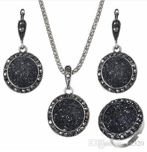 Wholesale Vintage Black Gem Jewelry Set Fashion Women Jewelry Set Antique Silver Crystal Round Stone Pendant Necklace Sets 3Pc