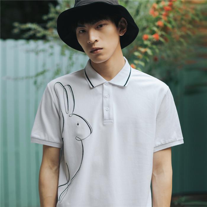 Gire hacia abajo del collar del diseñador del Mens Polos de manga corta ocasional floja de Polos Verano Homme Top