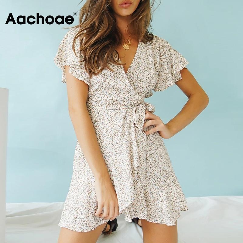 Aachoae 2020 Летней Boho Printed Мини платье женщин V шея Holiday Beach платья линии с коротким рукавом рябить Wrap платье Vestidos T200604