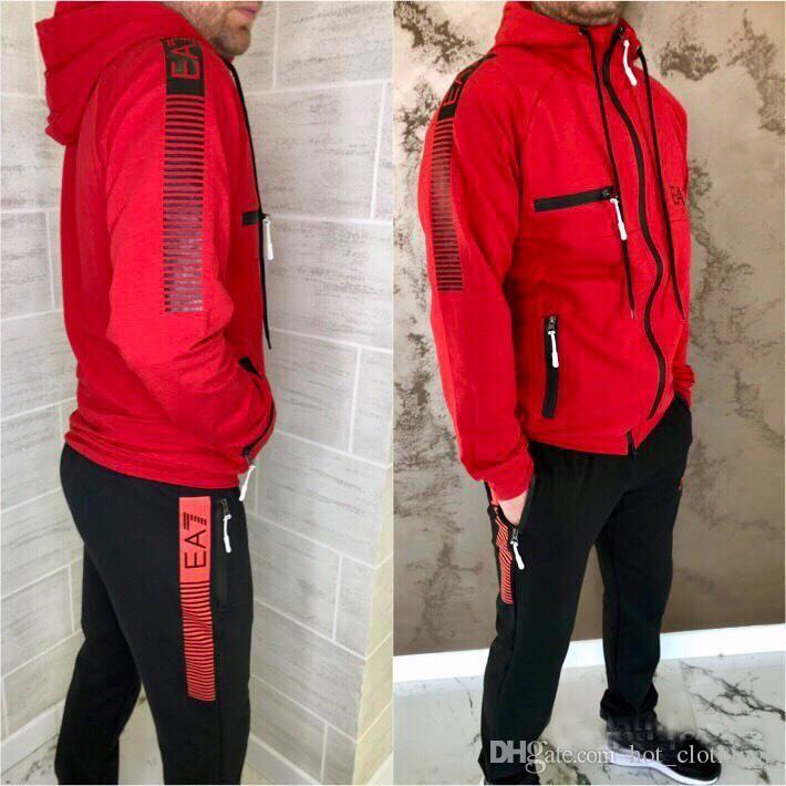 2020 Lettera di stampa tuta Moda Zipper Jacket cardigan Uomini Sportswear Due pezzi da Hoodie + pantaloni sportivi Tute da esterno
