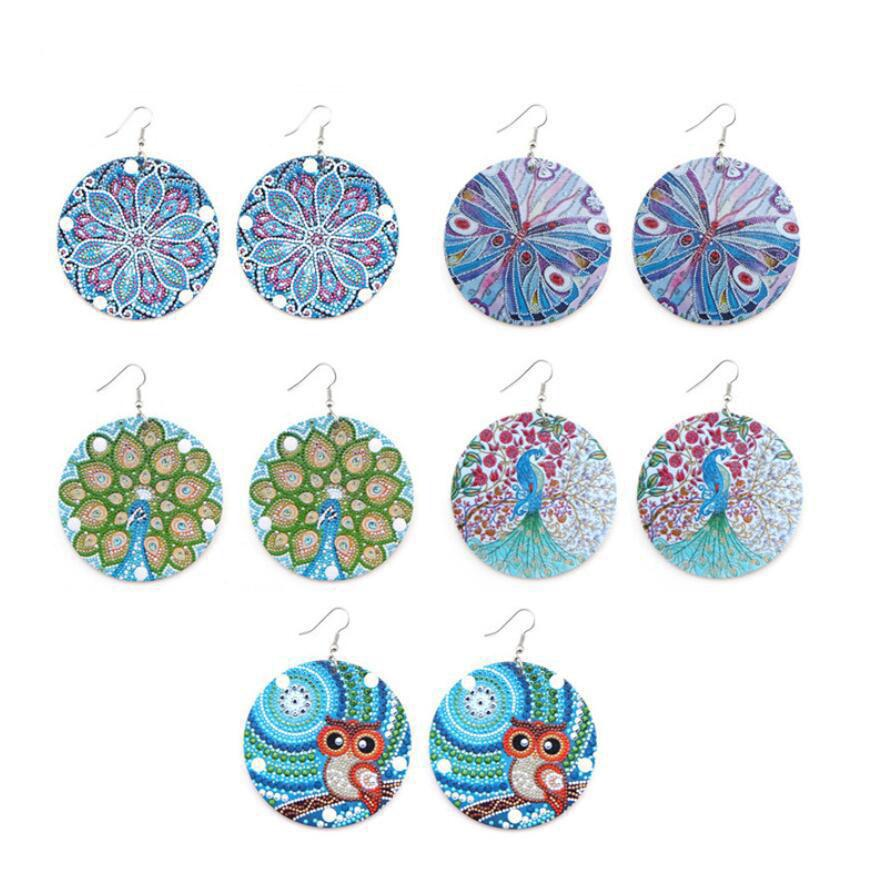 New Arrival Afro Wooden Earrings Owl Peacock Butterfly Printing African Colorful Eardrop Wood Round Charm Hoop Earrings For Women Female