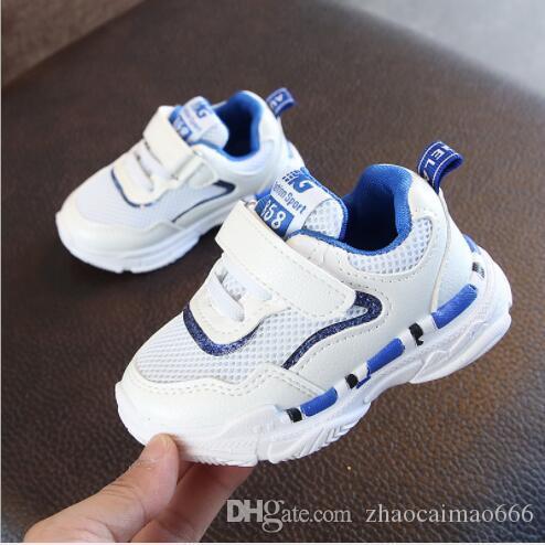 2020 novos sapatos esportivos infantis de outono. Calçados masculinos e femininos. Sapatos de tênis populares. Vendas diretas para Fabrican