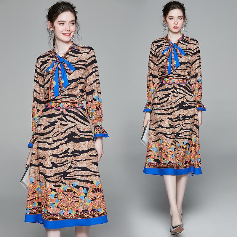Kadın Tasarımcı Iki Parçalı Elbise Leopar Baskılı Uzun Kollu Gömlek + Etek Takım Elbise Elbise Ince Artı Boyutu Bayanlar Moda Pist İki Adet Setleri
