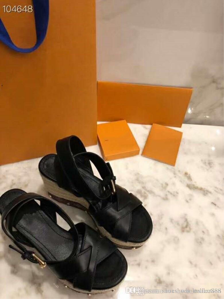 Großhandel Die Neuesten Laufsteg Plateau Sandalen, Damen Sandalen Mit Hohem Absatz, Street Style Mode Sandalen, Größe 35 41, Absatzhöhe 10 Cm Von