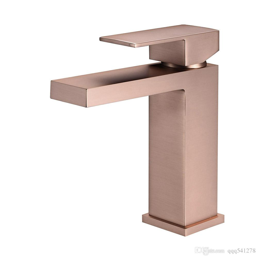 Compre Escovado Rose Gold Ouro Escovado Torneira Da Bacia Do Banheiro Misturador De água Fria E Quente Banho Pia Deck Montado único Lidar Com