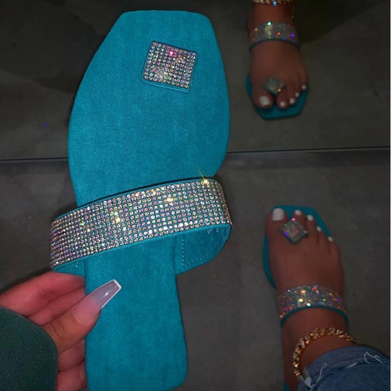 Тапочки Crystal Bling Женщины Летние Летние Сандалии Желевые Обувь Женские Флопы На открытом воздухе Пляж Дамы Леди Слайды Плюс Размер