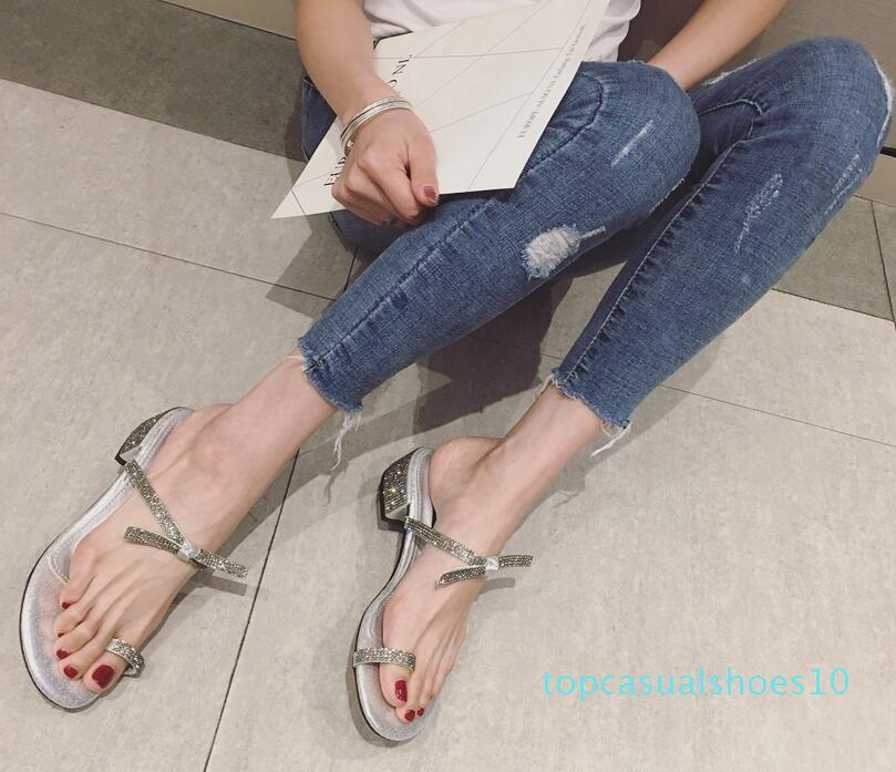 Frauen Sommerschuhe reizvoller klassischer Luxus kühler Glanz Strass echtes Leder Modemarke aktuelle Damen beiläufige Strand-Reise Pantoffel T10