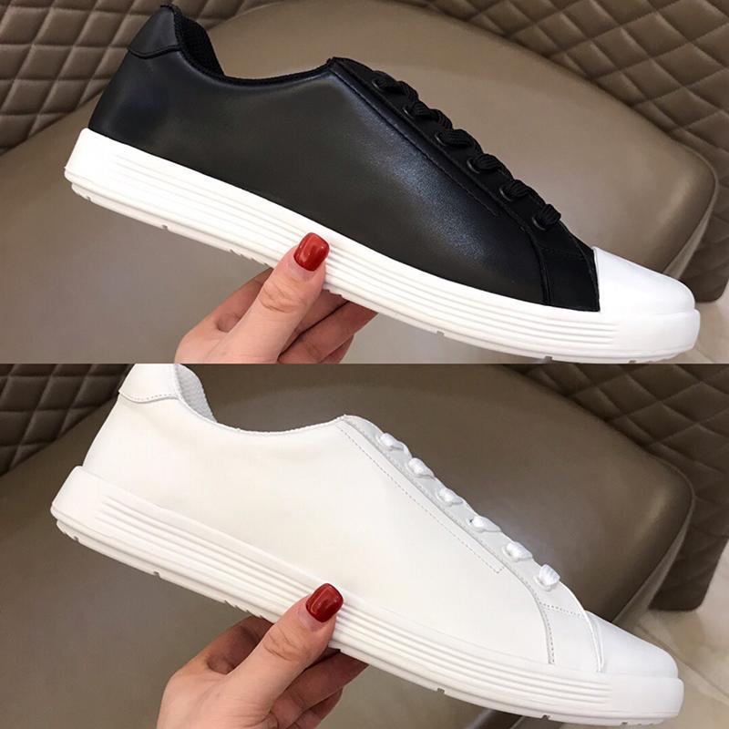 Neue 2020 heiße Verkaufs-Marken-Entwerfer Mens-beiläufige Schuhe mit Italien High-End Leather Strip-Linie Entwurf und Mode-Stil Urban Street Brett Schuhen