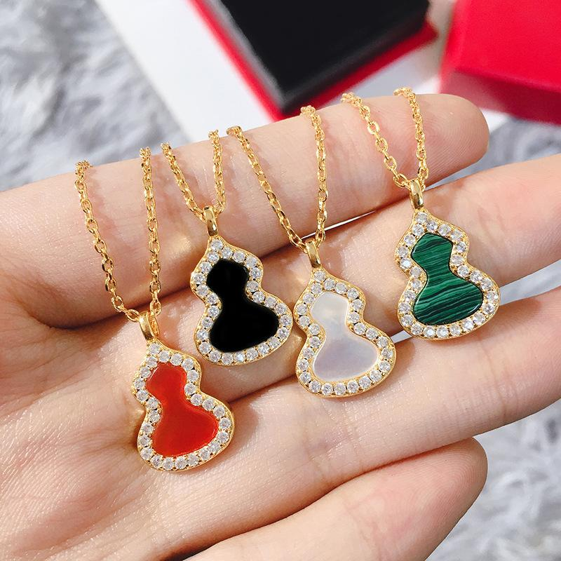 or de cuivre de haute qualité plaqué nacre blanche collier gourde agate perle pour les femmes arrivée de nouveaux bijoux de mode de luxe en gros