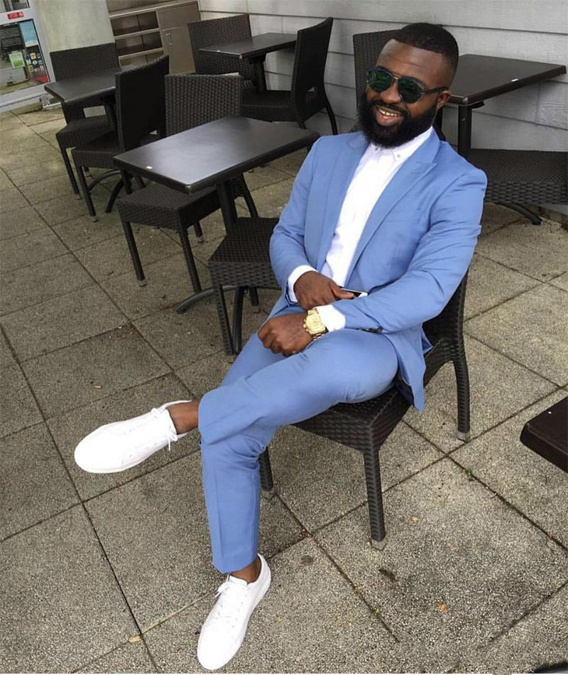 2020 Costumes Bleu Hommes Slim Fit Deux Pièces Notch Lapel Blazer Groomsmen mariage Smokings Ternos Masculino Costume Homme (Veste + pantalon)