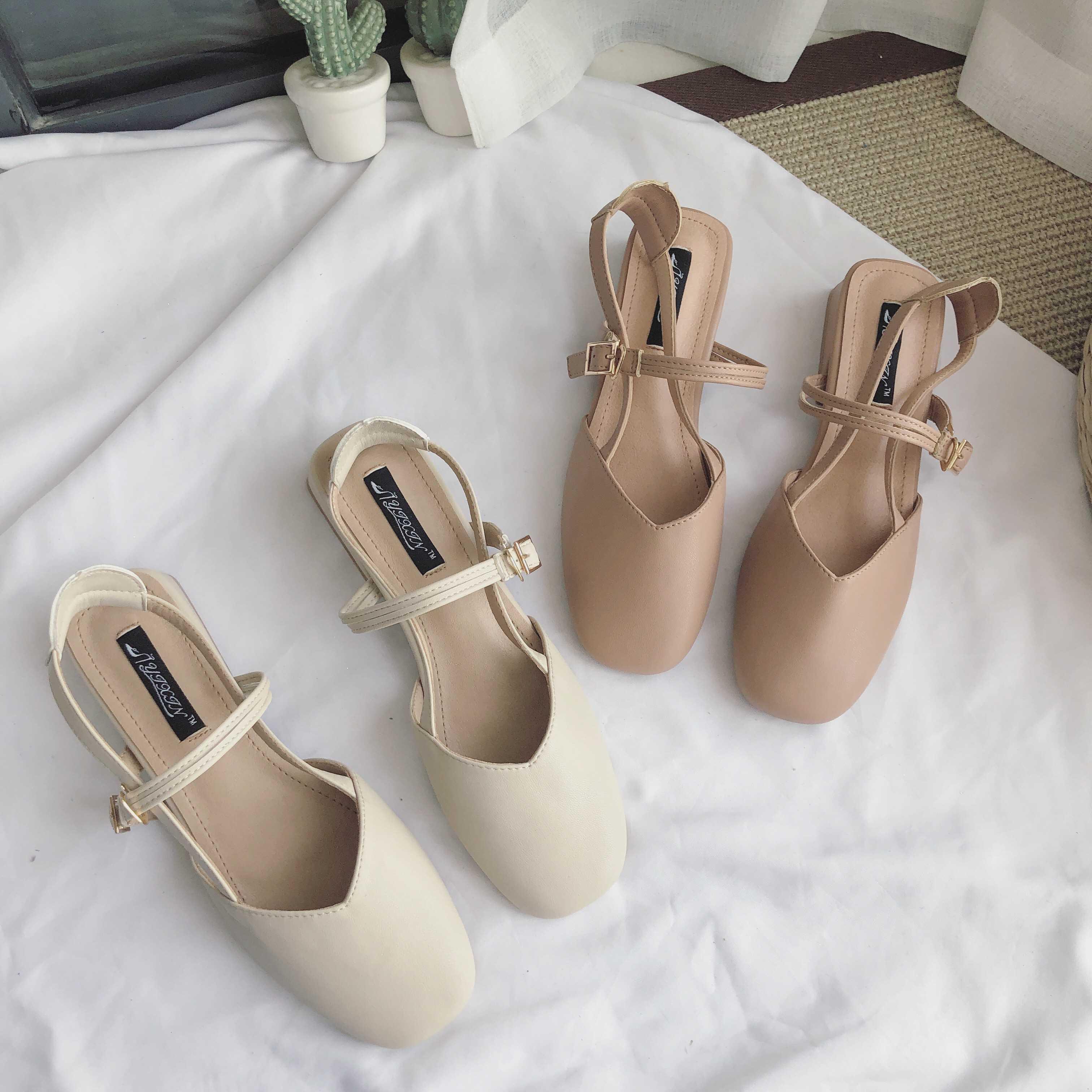 Sıcak Sale-2019 Kadın Sandalet Baotou Xia Zhonggen Joker Öğrenci Peri Kaba Rüzgar Tek Kelime Ile Tek Ayakkabı Getirmek