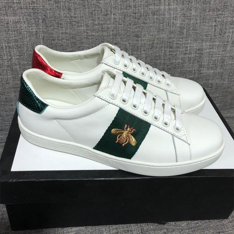 خصم سيدة أزياء الرجال والنساء عارضة أحذية ايطاليا أحذية رياضية أحذية جلدية أعلى جودة أخضر أحمر مطرز النحل النمر الأسود 35-46