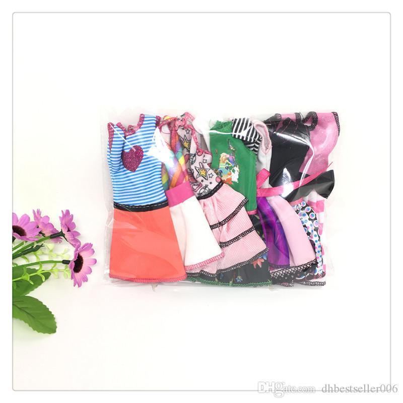 Doll's Fashionable Clothing Set Casual One-piece Dress doll Style Random Good Workmanship Cloth with Fashion Design