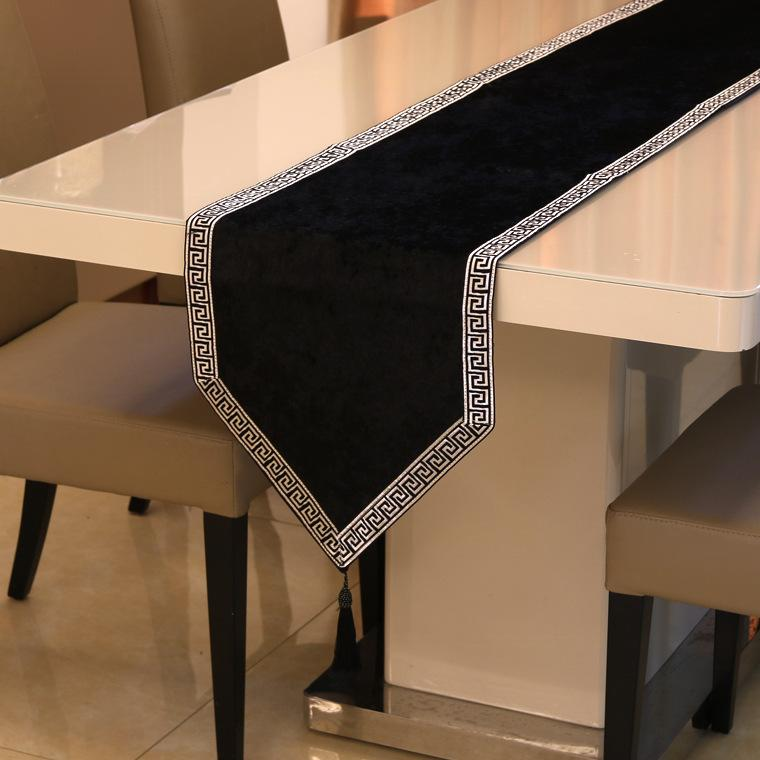 New Chinese high-end solid table runner tablecloth flag shoes cabinet cover cloth European velvet bed runner simple table cloth