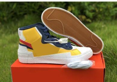 Authentische Tropfenschiff Sacai x Mid Blazer Yellow Varsity Red Mais Weiß Blau Herren-Basketball-Schuhe Sportschuhe