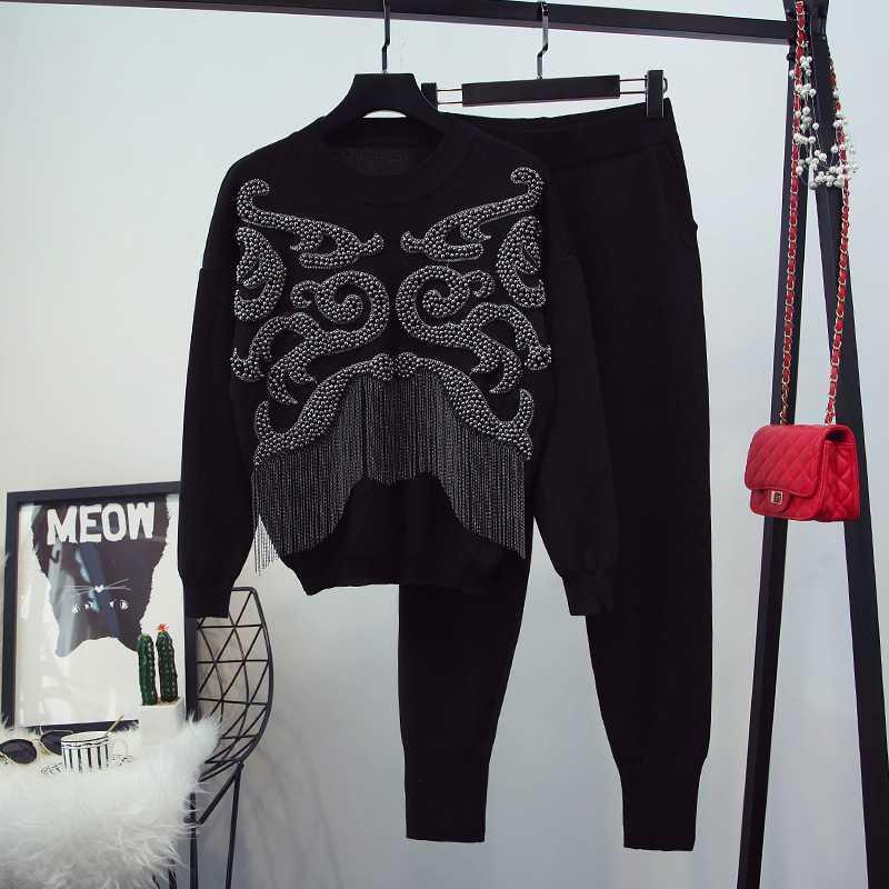 2020 nuevo otoño y el invierno de las mujeres de manga larga pesada perlas borla del suéter de punto + pantalones de dos piezas Mujer pantalones casuales Traje