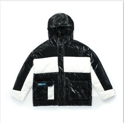 Hombres de diseno Parkas abajo cubre color de lujo a juego grueso abrigos de invierno a prueba de viento chaquetas con capucha para mujer Outdoorwear vestir de las tapas