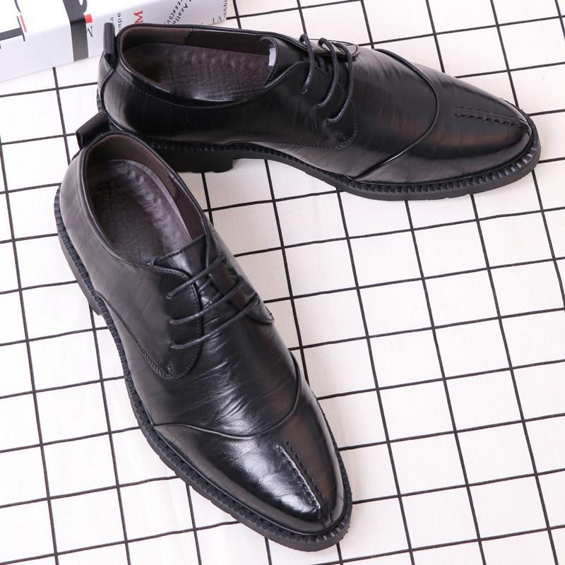 2019 Tamaño 37-44 Oxford cuero de los hombres Zapatos de última moda puntiagudo formal operaciones de sexo masculino vestido de novia de pisos ventas al por mayor
