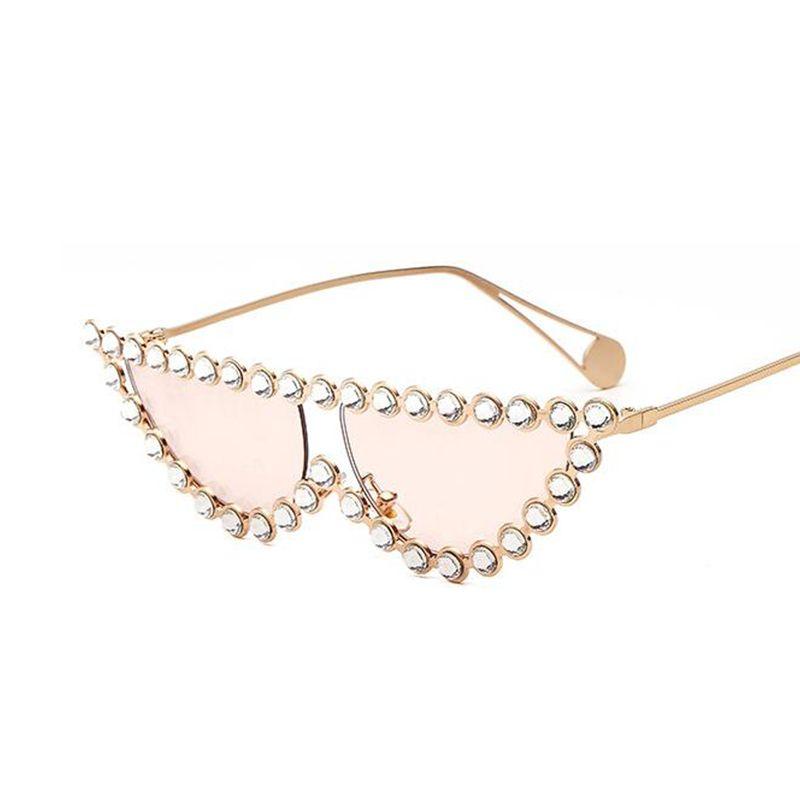 Occhiali da sole trasparenti all'ingrosso-cristallo donna moda 2018 tendenza donna personalità outdoor occhiali da sole cat eye occhiali da sole oversize flat top