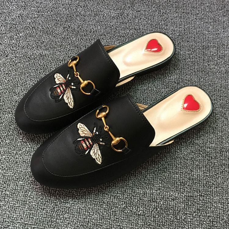 2020 mocasines de cuero de lujo Muller Diseñador zapatilla de hombre zapatos con hebilla de moda hombre Princetown zapatillas castaño mulas Pisos 38-f3db #