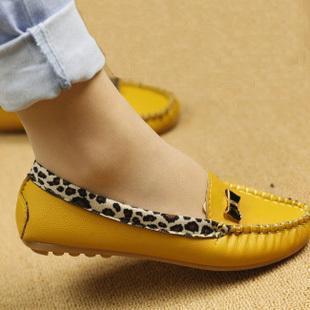 Precio más bajo! Nueva llegada 2018 Moda primavera y otoño pisos para las mujeres zapatos de tacón plano Leopard flats zapatos de mujer envío gratis
