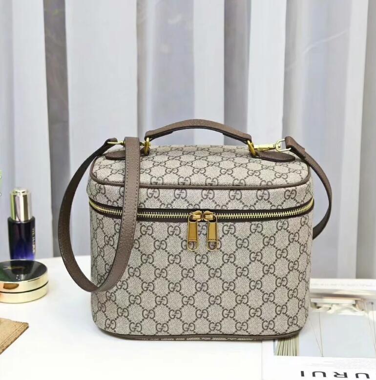 Üst Kalite Kadın Tasarımcı Çanta Çantalar Çanta crossbody çanta Bayan Tasarımcı Çanta Marka Moda Tasarımcısı Tote Çanta Debriyaj Çanta 12 cüzdanlar