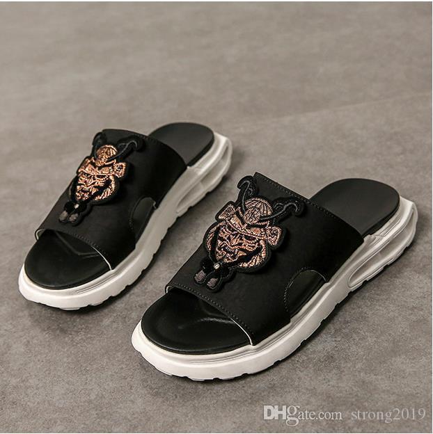 marea 2020 nuovi sandali estivi sandali e ciabatte da uomo versione coreana maschio della ciabatte di tendenza da indossare antiscivolo san maschile spiaggia