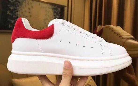 2019 designer de sapatos Promoção posite Flats Moda Grosso Sole inferior Walking Couro Ar Livre vestido de festa diária em execução Sneakers com caixa L28