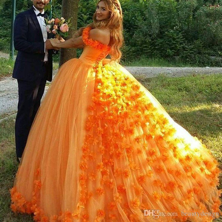 Orange Princess Ball Gown Handmade Flowers Quinceanera Dress Off Shoulder Lace Up Back Luxurious Sweet 15 Formal Prom Party Dresses