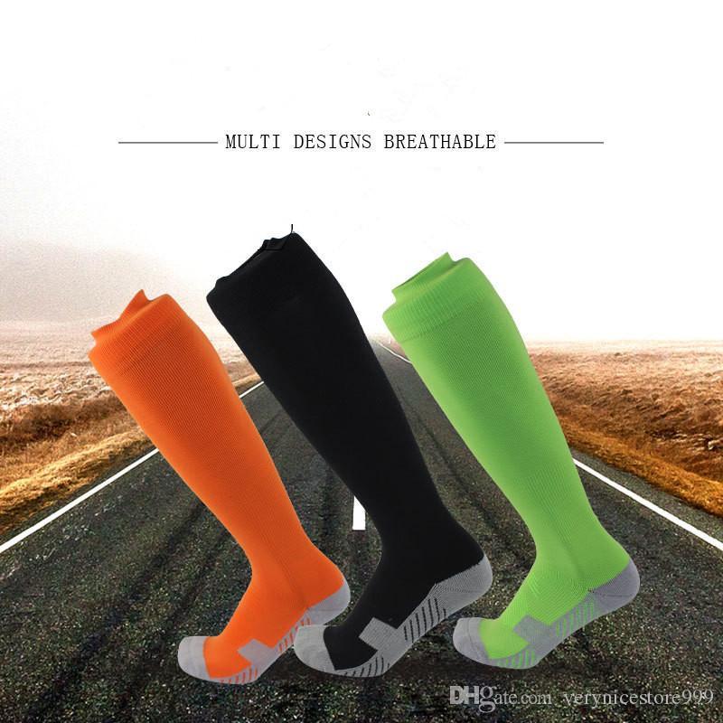 1pair hiver chaud Hommes Sport Courir Chaussettes en nylon semelle Chaussettes de compression antidérapante Serviette Sole football Chaussettes de haute qualité